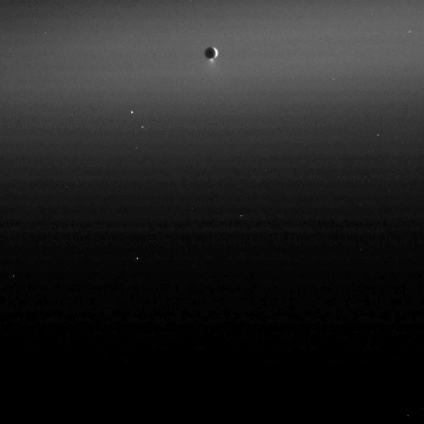 Enceladus' jets feed the diffuse E ring