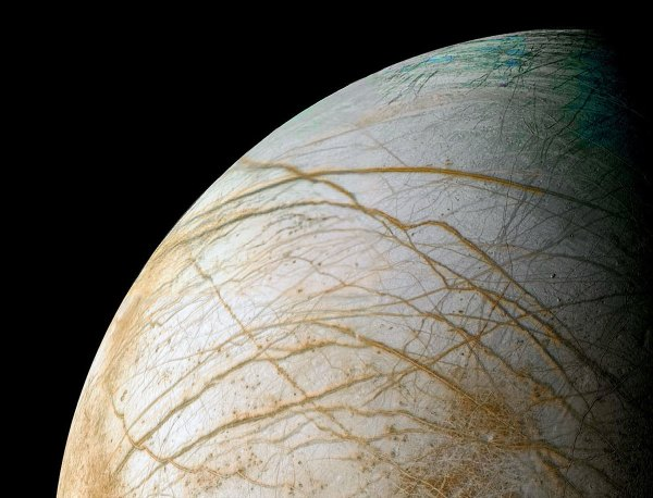 Chaos terrain on Europa suggests subsurface lakes. (NASA/JPL/Ted Stryk)