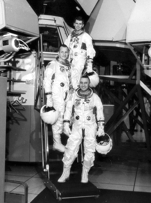 white apollo 1 astronaut - photo #9