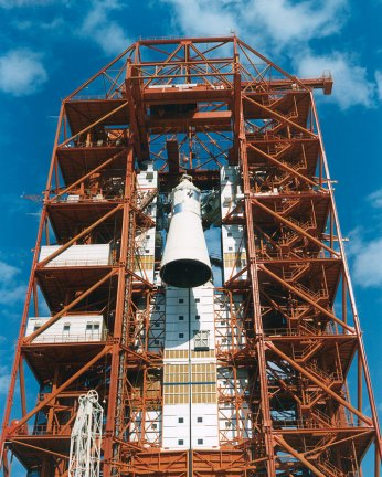The Apollo CM was hoisted to the top of the gantry at launch complex 34 at the Kennedy Space Center in preparation of testing on Jan. 6, 1967 (NASA/Ed Hengeveld)