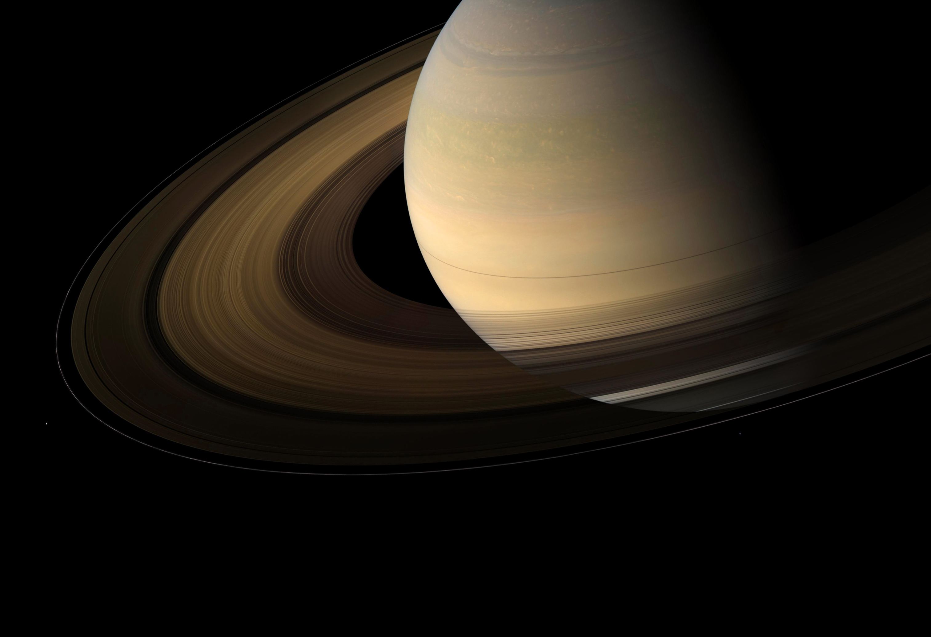 Research Reveals Rain Shadows From Saturn S Rings Lights