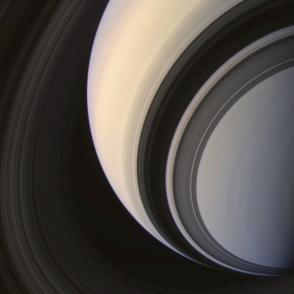 Color-composite Cassini image of Saturn (NASA/JPL/SSI & J. Major)