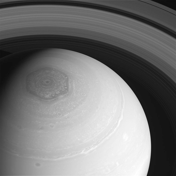 Cassini image of Saturn's north pole and hexagon from Nov. 27, 2013 (NASA/JPL/SSI)
