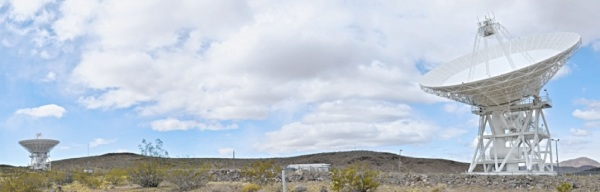 Panorama of the Deep Space Network's Apollo Valley in Goldstone, CA (© Jason Major) CLICK FOR FULL SIZE