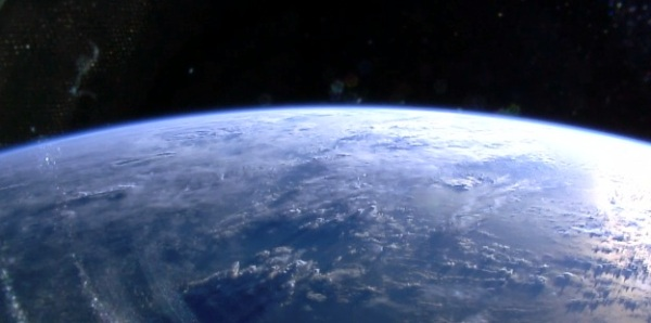 Image from one of the four HDEV cameras mounted on the ISS on May 7, 2014 (NASA_