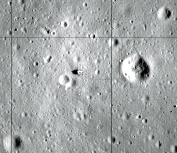 The descent stage of Eagle can be seen in this LRO image, along with tracks and experiment packages. (NASA/LRO/Arizona State University)