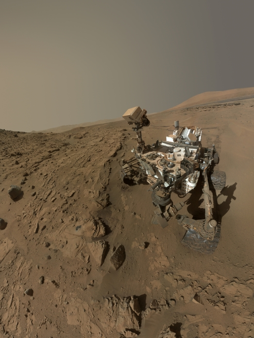 "A ""selfie"" of Curiosity made from images acquired with its MAHLI instrument in April and May (NASA/JPL-Caltech/MSSS)"
