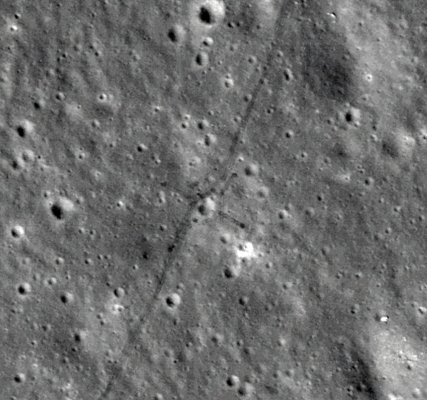 Lunar Reconnaissance Orbiter Camera (LROC) image of a crossed pattern on the Moon