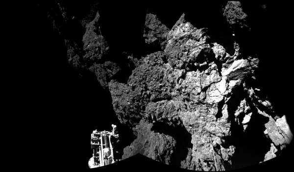 Mosaic of two Philae images taken from its landing site. (ESA/Rosetta/Philae/CIVA)
