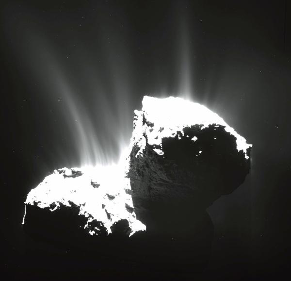 OSIRIS image of comet 67P/C-G from November 2014 (MPS/UPD/LAM/IAA/SSO/INTA/UPM/DASP/IDA)