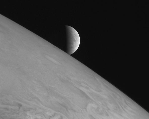 Europa seen beyond the limb of Jupiter by New Horizons on Feb. 28, 2007 (NASA/Johns Hopkins University Applied Physics Laboratory/Southwest Research Institute)