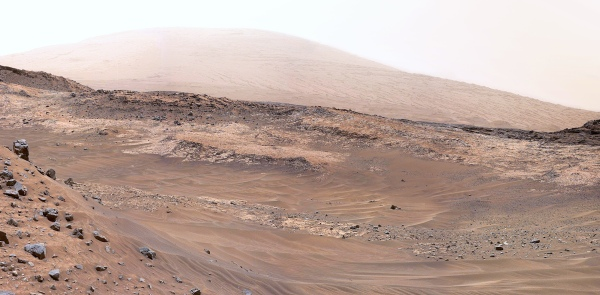 Mosaic of Curiosity Mastcam images from May 11, 2015. Adjusted for terrestrial lighting. Credit: NASA/JPL-Caltech/MSSS. Edited by Jason Major.