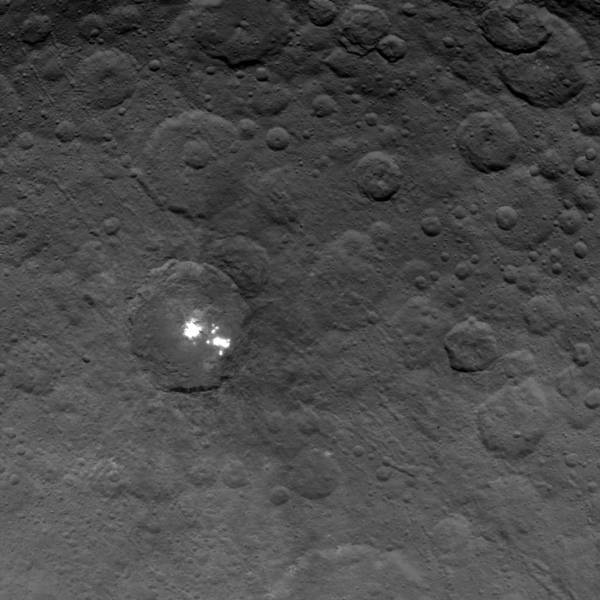 Mysterious bright spots on Ceres continue to stump scientists. Credits: NASA/JPL-Caltech/UCLA/MPS/DLR/IDA.