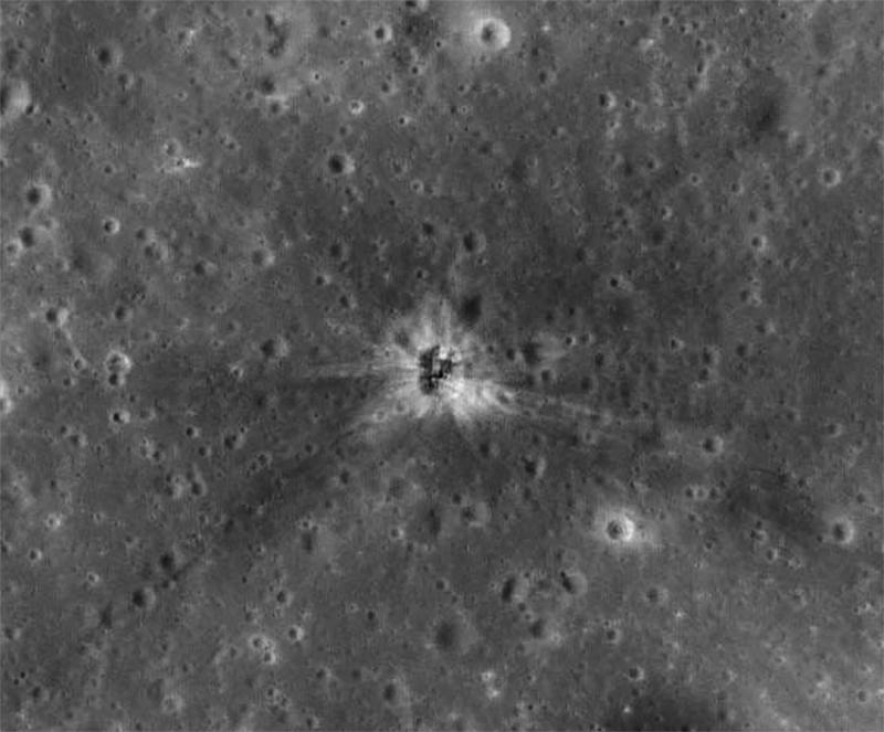 Apollo16 SIVB crater
