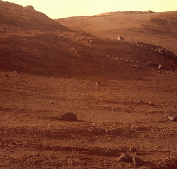 Opportunity's view from inside Marathon Valley. (Credit: NASA / JPL-Caltech / Cornell / ASU / J. Canvin)