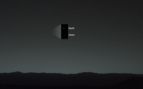 Earth and Moon imaged by Curiosity's MastCam on Jan. 31, 2014 (NASA/JPL-Caltech/MSSS/TAMU)