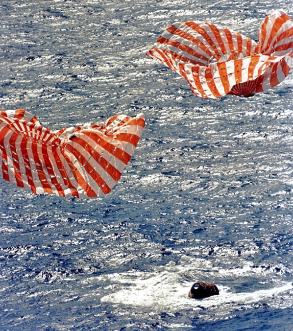 Splashdown of Apollo 14 in the Pacific Ocean on Feb. 9, 1971 (NASA)