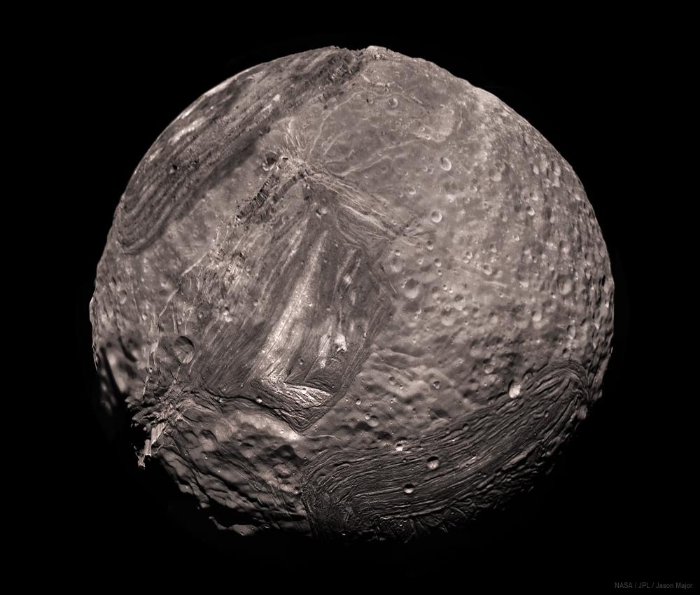 Miranda V2 HR 1-25-86-gigapixel-scale-2_00x